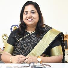 Shweta Parihar,Principal