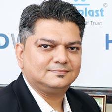 Milan Thakkar,CEO
