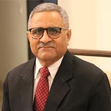 Dr. Arvind Kapur,MD