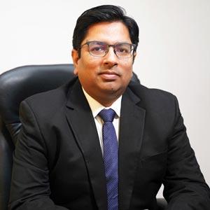 Dr. Rajiv Maini, Co-Founder & Executive Director