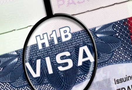 US President Trump Signs Order to Suspend Work Visas for H1B & Others