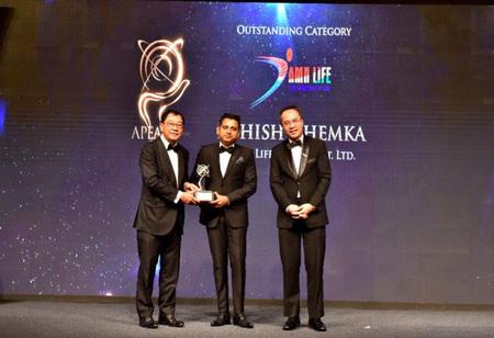Ashish Khemha Wins Asia Pacific Enterpreneurship Award