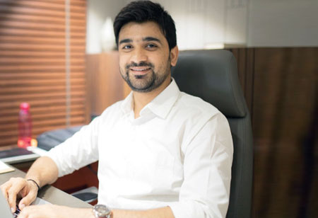 Why Customized Online Fabric Stores Are The Future Of Indian Retail Industry